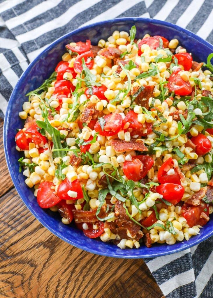 La ensalada de maíz BLT es una ganancia garantizada para sus barbacoas de verano.