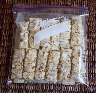 Receta de barras de almendras por Barefeet In The Kitchen
